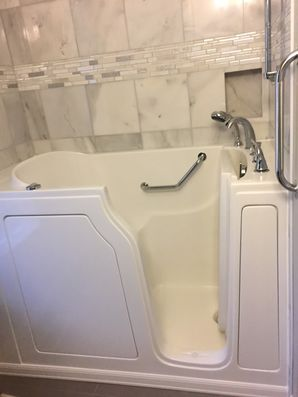 Accessible Bathtub in Lavinia by Independent Home Products, LLC